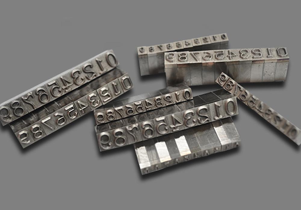 เลเซอร์ตัวหนังสือ แกะสลักงาน การสลักตัวอักษร สลักชื่อแหวน ทุกรูปทรง