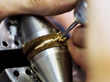 บริการฝังเพชร เพชรหลุด การฝังเพชรหรืออัญมณี Diamond Fixing Style